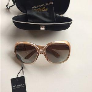Accessories - Woman's polarized sunglasses gold UV400